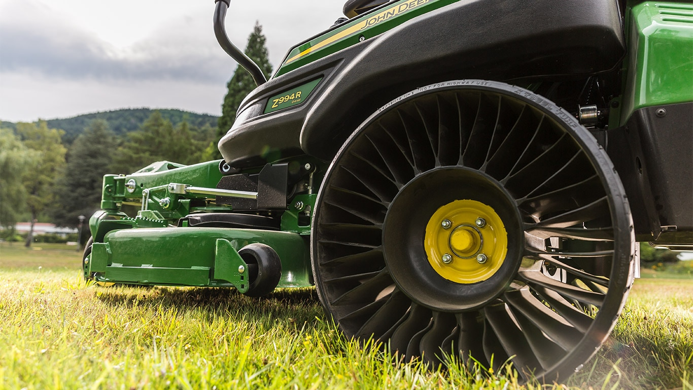MICHELIN X TWEEL TURF AIRLESS RADIALDEKK